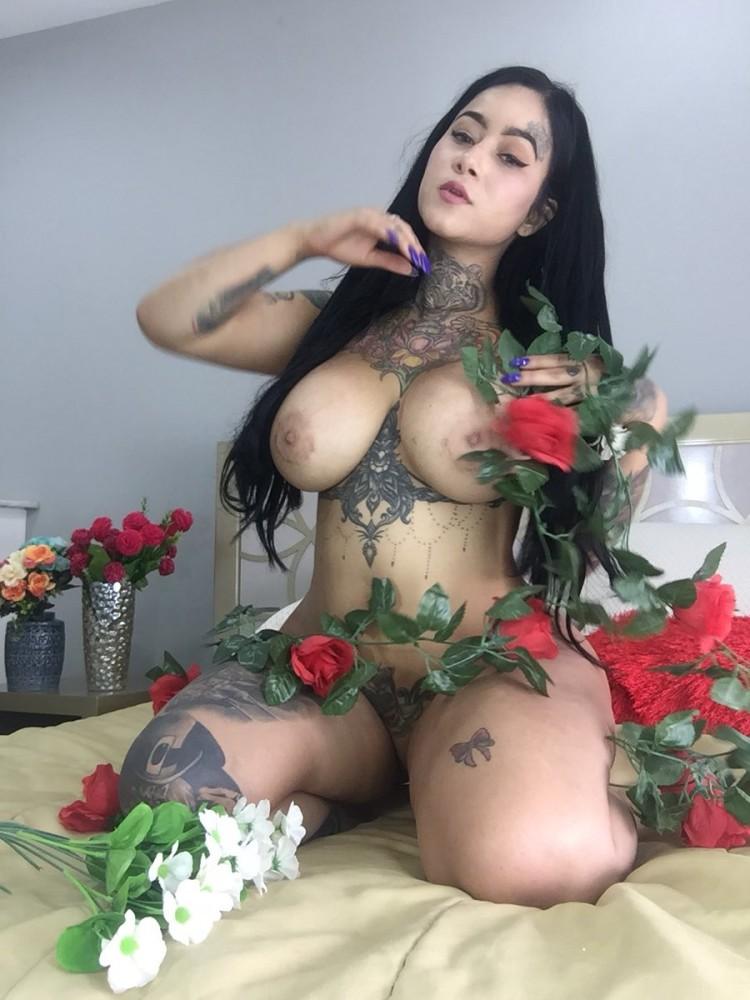 Srta_Roja1, la Performance Sexy de la Semaine sur CAM4