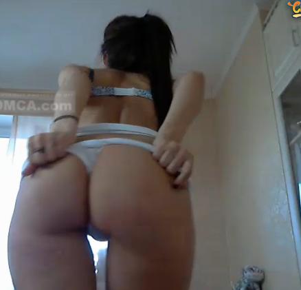 Ashleybulgari – Camgirl russe au gros cul