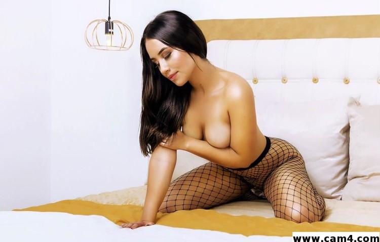 Amelie_20, la Performance Sexy de la Semaine sur CAM4