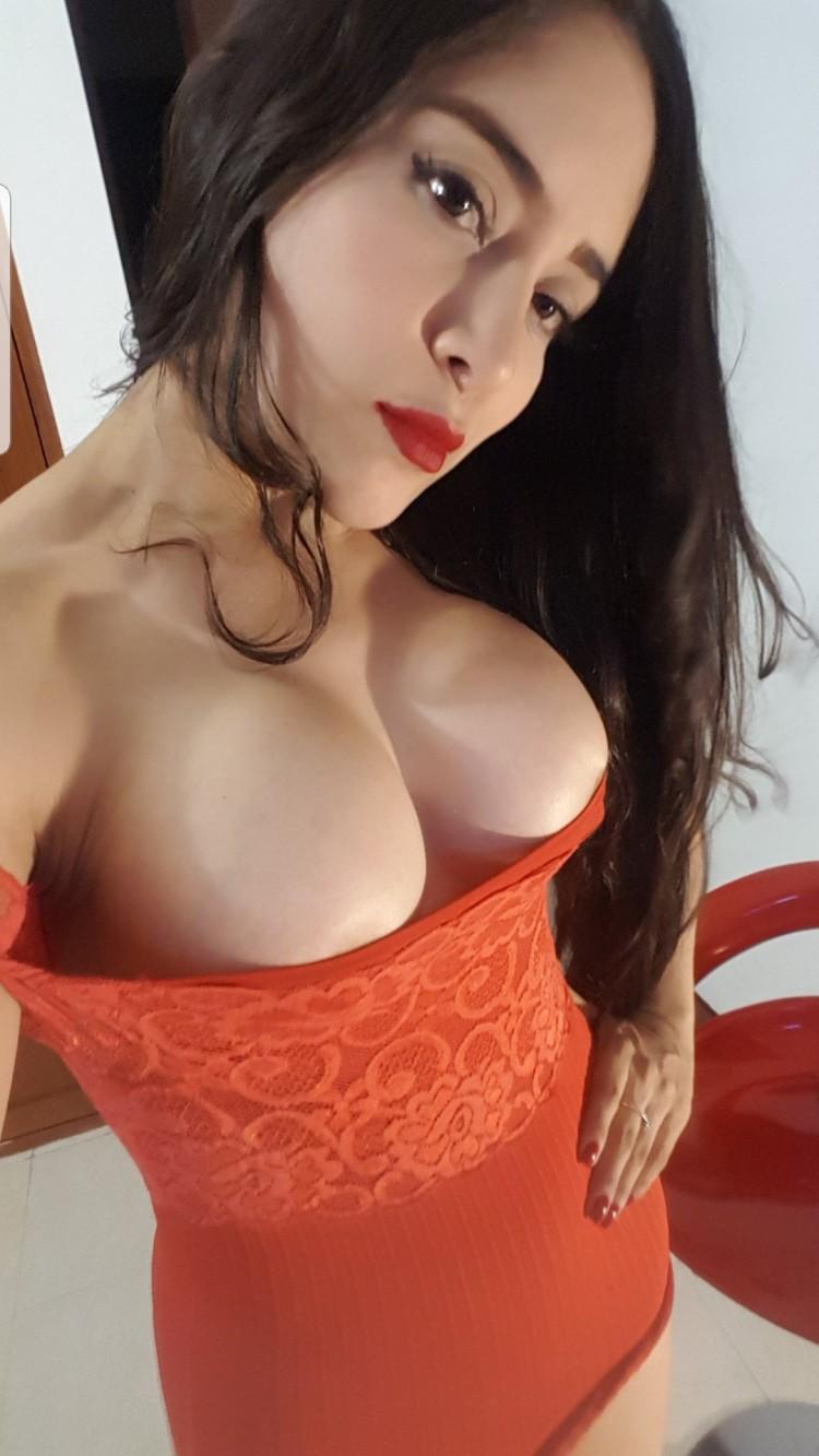 Emyly_7, la Performance Sexy de la Semaine sur CAM4